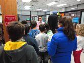 Los niños del Pr�ncipe de España aprenden la importancia del Archivo Municipal