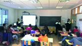 La Policía Local imparte unas charlas a alumnos del IES n° 2 torreño
