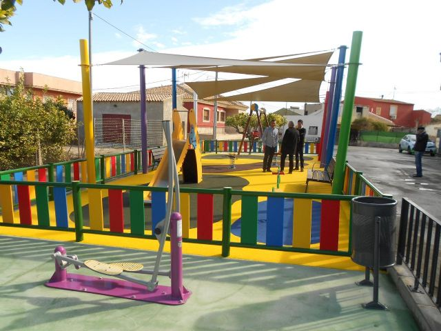 La Raya estrena zona de juegos infantiles y aparatos de gerontogimnasia - 2, Foto 2