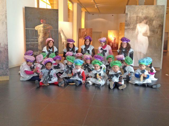 Los niños del PAI vestidos de pintores inician el carnaval en Blanca - 1, Foto 1