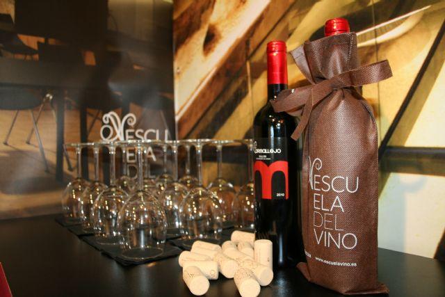 La Escuela del Vino de Cehegín, presente en la I Feria de Enoturismo de la Región de Murcia - 5, Foto 5