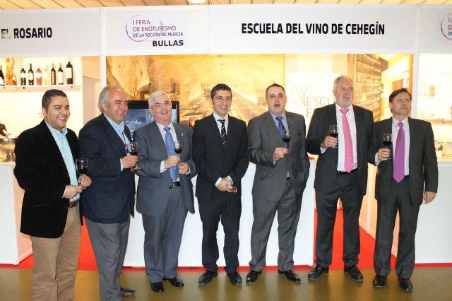 El alcalde inaugura junto con el consejero de Cultura y Turismo la I Feria de Enoturismo de la Región de Murcia - 3, Foto 3