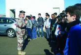 El IES n°2 torreño visita la Base Aérea y Escuela de Paracaidismo 'Méndez Parada'