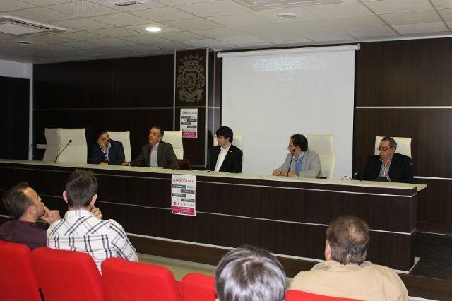 UPyD organizó una mesa redonda en San Javier para analizar la situación que viven los comerciantes del municipio - 1, Foto 1