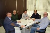 El concejal de Turismo se reunió con los técnicos de Famdif para tratar la mejora de la accesibilidad en playas