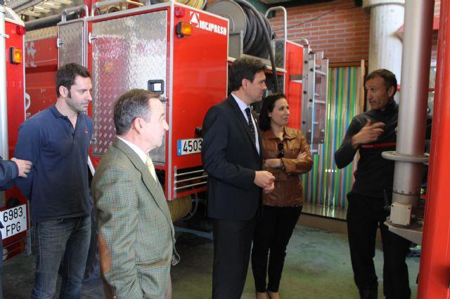 El gerente del Consorcio de Extinción de Incendios visita el Parque de Bomberos de Alhama-Totana y anuncia obras de remodelación y ampliación, Foto 2
