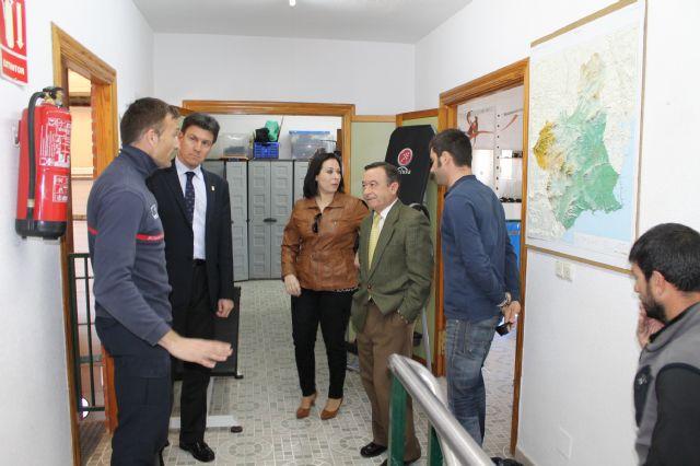 El gerente del Consorcio de Extinción de Incendios visita el Parque de Bomberos de Alhama-Totana y anuncia obras de remodelación y ampliación, Foto 3
