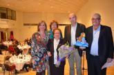 Dolores Villaescusa, de 91 años, recogió el Premio '8 M' de manos del Alcalde