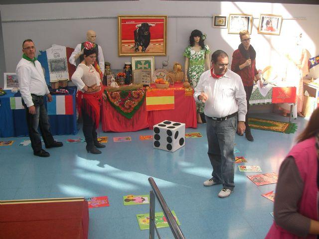Gastronomía, talleres, juegos y actuaciones en la II jornada intercultural para personas con discapacidad intelectual, Foto 2