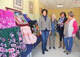 El centro de la Mujer muestra una exposición artística colectiva creada por mujeres de Puerto Lumbreras para conmemorar el Día de la Mujer