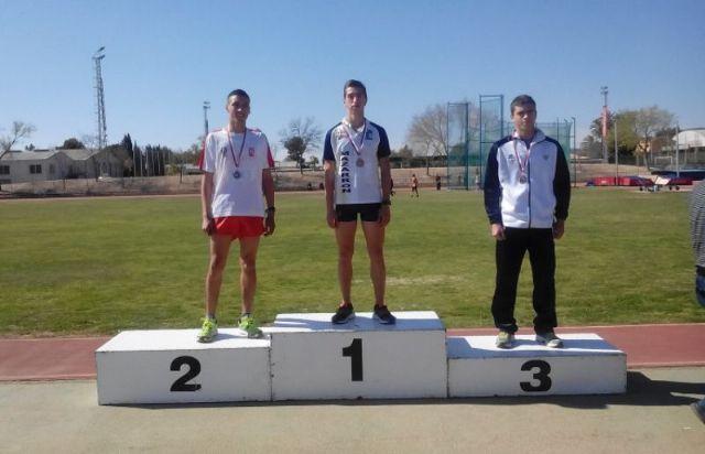 Doble medalla de oro del Club Atletismo Mazarrón en el campeonato regional júnior y I carrera de montaña de Mazarrón, Foto 1