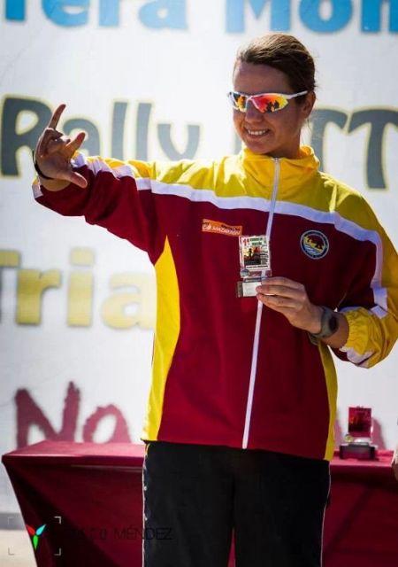 Doble medalla de oro del Club Atletismo Mazarrón en el campeonato regional júnior y I carrera de montaña de Mazarrón, Foto 2