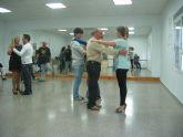 El Banco del Tiempo estrenó con éxito dos nuevos talleres de Tango y Flores de Bach