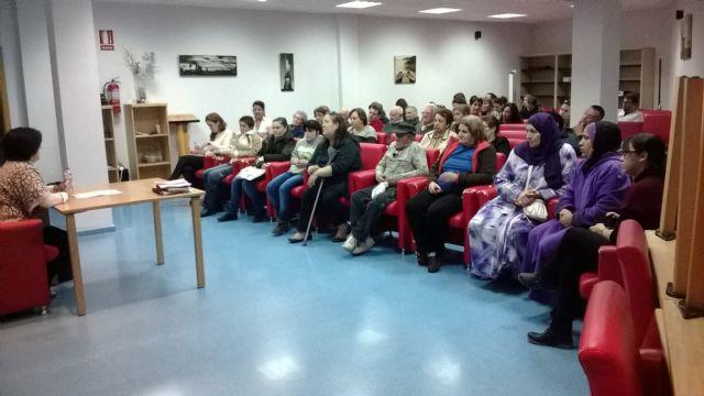 Interesante charla sobre ´incapacitación y tutela´ en el Centro de Día, Foto 2
