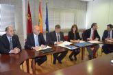 El Alcalde firma un convenio con Kolping que facilita la Formación Profesional Dual en Alemania a jóvenes en paro