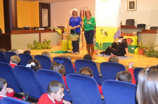 La concejalía de Medio Ambiente celebró hoy el Día de los bosques con los más jóvenes - 2, Foto 2