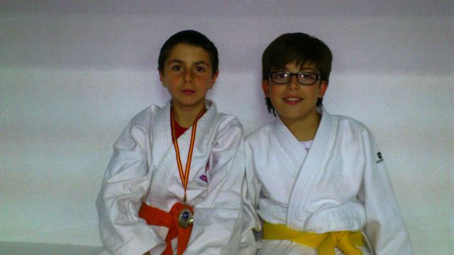 Francisco Javier Paños se alza con la medalla de plata en el campeonato regional alevín de judo, Foto 1
