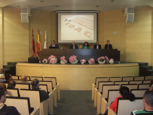 Coag celebra en Mazarrón una productiva jornada informativa con agricultores y ganaderos, Foto 1