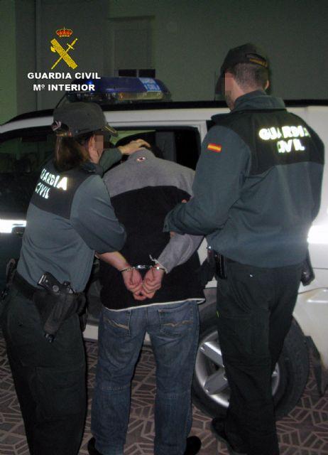 La Guardia Civil desmantela un clan familiar dedicado al robo en casas de campo de Albudeite - 3, Foto 3