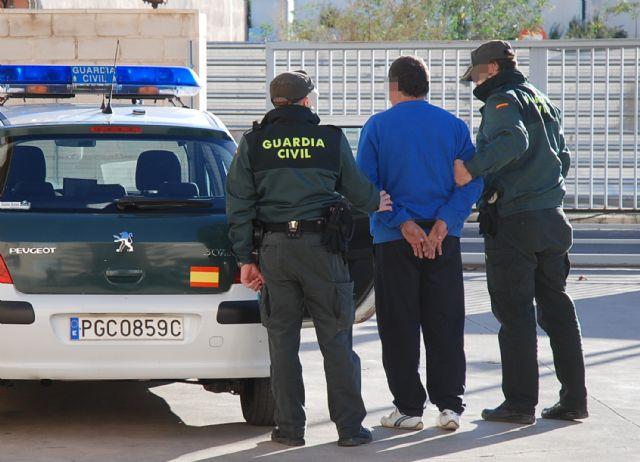 La Guardia Civil desmantela un clan familiar dedicado al robo en casas de campo de Albudeite - 4, Foto 4