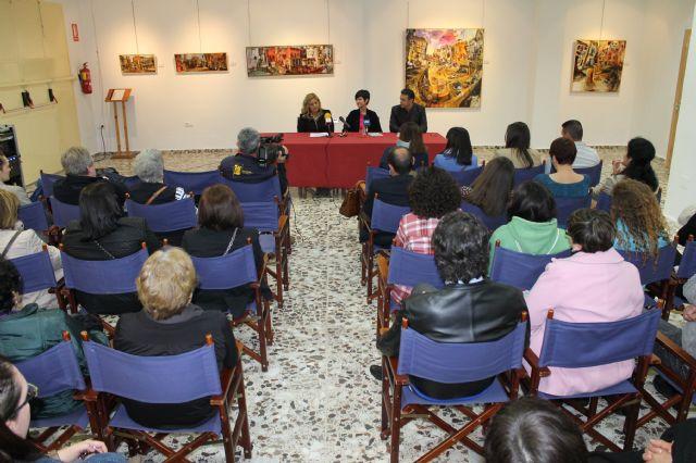 Alicia Rico presenta en Mazarrón su libro Siempre que llovió, paró - 1, Foto 1