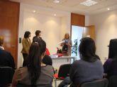 Empleo e Igualdad organizan un cursos de auxiliar de enfermería geriátrica