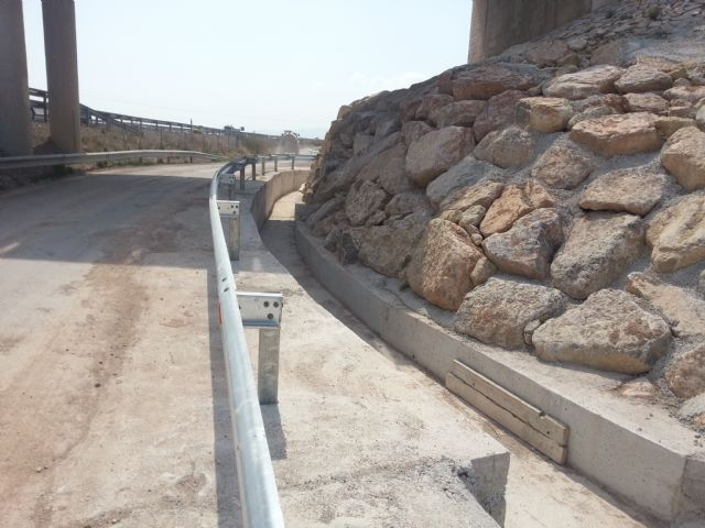 Agricultura logra que se realicen obras en el margen de la autovía A 7, Foto 2