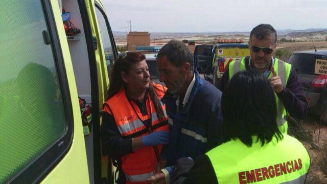 Protección Civil de Totana localiza en la pedanía de El Raiguero al hombre, enfermo de alzheimer, que viajaba a Mazarrón