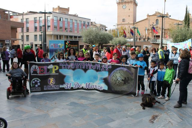 AELIP y D´genes celebran su II Caminata Solidaria