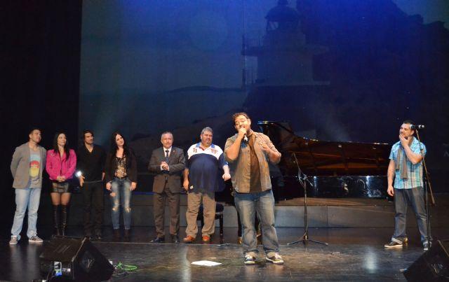 El compositor Ismael Moya presenta su canción dedicada a Águilas - 3, Foto 3
