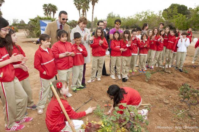 Los pequeños del Miralmonte reforestan el Parque de los Exploradores - 4, Foto 4