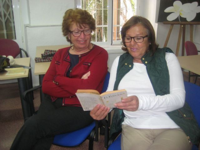 Los mayores profundizan en El Principito a través del taller Leer Para Soñar - 1, Foto 1
