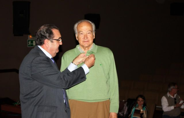 El Alcalde asiste a la presentación de la revista sardinera más madrugadora - 3, Foto 3