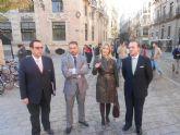 Los servicios municipales garantizan el buen desarrollo de los desfiles procesionales