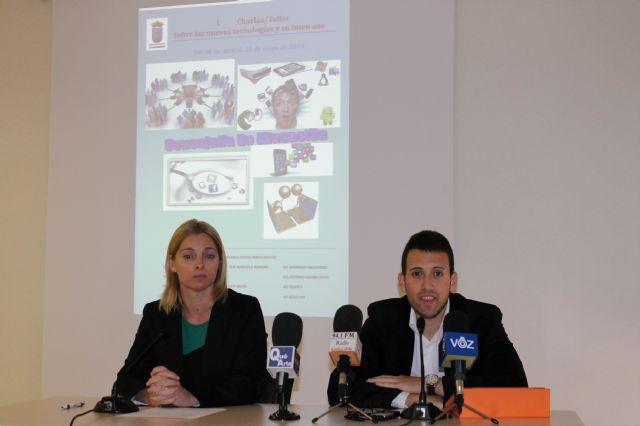 Taller de ´nuevas tecnologías y su buen uso´ para los escolares de Mazarrón a cargo de José Jerez, Foto 1