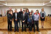 El alcalde de Torre-Pacheco recibe a los miembros del proyecto europeo que promueve el conocimiento de la profesión del cuidador