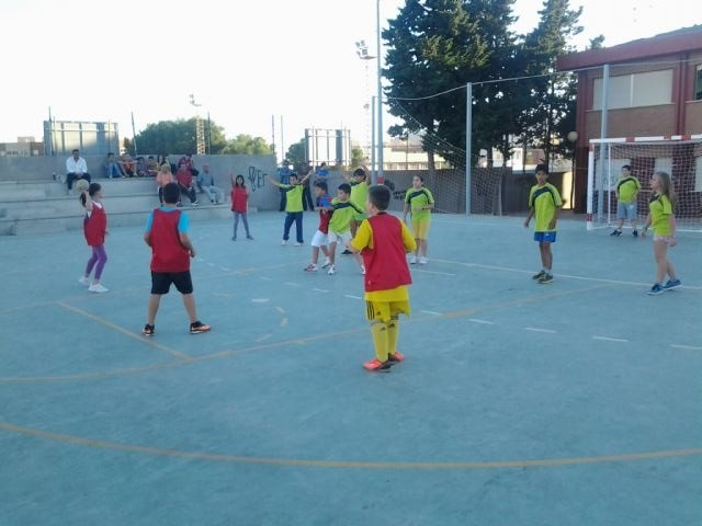 5 equipos mazarroneros al asalto de finales y semifinales en Deporte Escolar, Foto 1