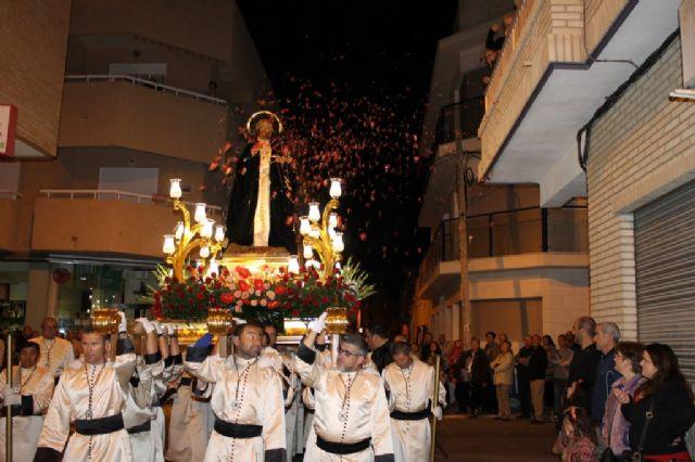 Numeroso público arropa los desfiles procesionales de Puerto de Mazarrón, Foto 4