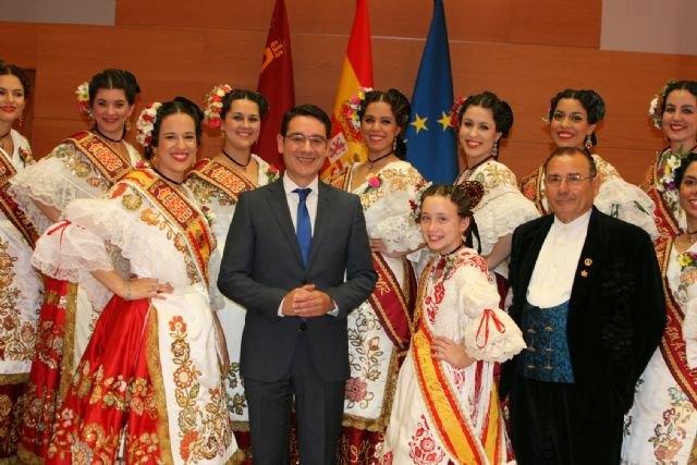 La Reina de la Huerta y sus damas de honor visitaron hoy el Palacio de San Esteban - 2, Foto 2