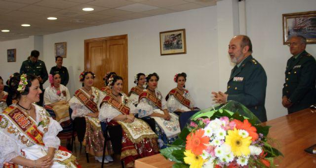 La Reina de la Huerta y sus damas de honor visitan las instalaciones de la Guardia Civil de Murcia. - 1, Foto 1