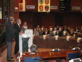 El centro de educación de adultos Rio Mula visita la Asamblea Regional