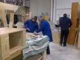 Ocho desempleados completan su formación con clases de carpintería