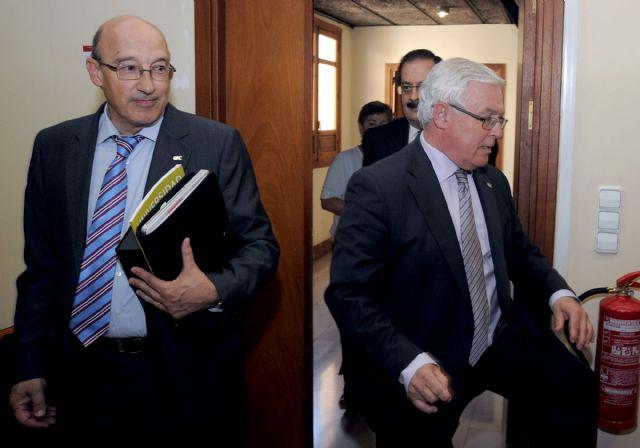 El rector Cobacho expresa su preocupación por la falta de recursos en la lectura del comunicado de la CRUE - 2, Foto 2