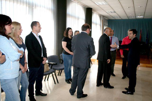 El alcalde de Lorquí consigue el compromiso del presidente para iniciar la construcción de un comedor escolar este curso y un nuevo Centro de Salud en varias fases - 2, Foto 2