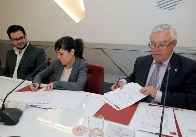 Convenio para la mejora del rendimiento académico de los estudiantes de la Universidad de Murcia - 3, Foto 3