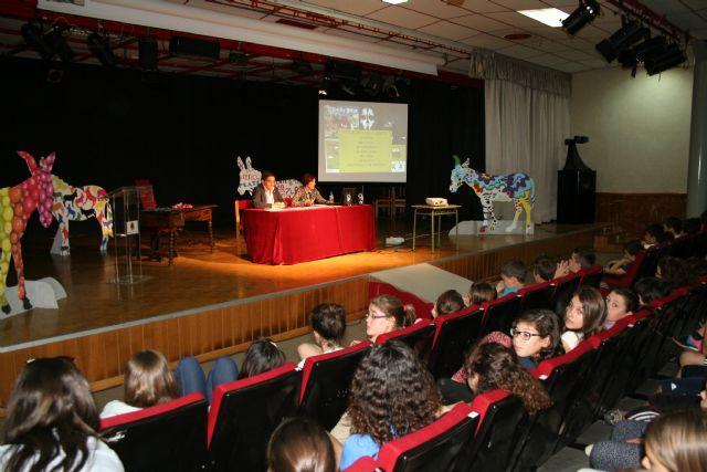 La entrega de premios de las actividades cierra los actos del Día del Libro 2014 - 1, Foto 1