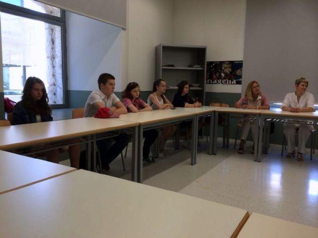 Ocho jóvenes rusos perfeccionan su inglés y español en Cartagena. - 2, Foto 2