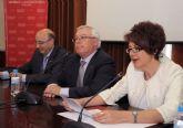 El rector Cobacho expresa su preocupación por la falta de recursos en la lectura del comunicado de la CRUE