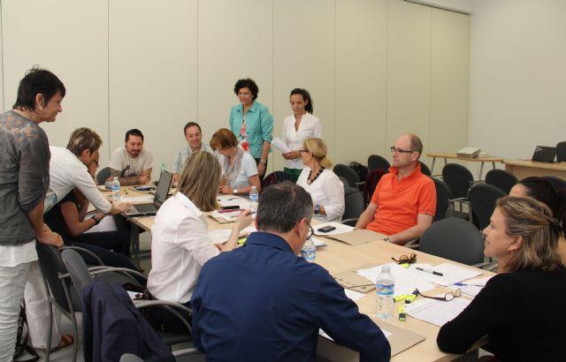 Diseñan estrategias para fomentar la contratación de personas desempleadas mayores de 50 años en el marco del proyecto Plan View - 2, Foto 2