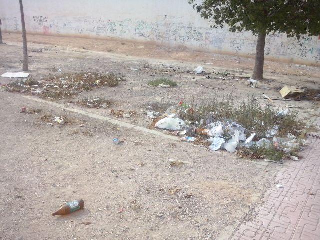 IU-Verdes Alcantarilla denuncia la dejadez del PP en el control de la recogida de basuras y la limpieza viaria - 3, Foto 3